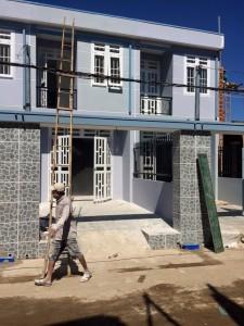 Nhà đất Dĩ An giá rẻ cần bán gấp nhà lầu gần trung tâm Thị Xã Dĩ An