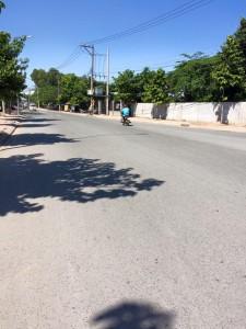 Nhà Đất Bình Dương Cần bán gấp đất mặt tiền đường Nguyễn Hữu Cảnh