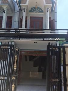 Nhà đất Dĩ An chính chủ giá rẻ cần bán gấp nhà lầu giá rẻ tại trung tâm thị xã Dĩ An