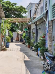 chủ Bán gấp nhà đường Nguyễn Trãi- Tp Dĩ An